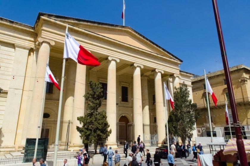 Weħel Tliet Snin Ħabs Talli Għen Persuni Jitilqu Minn Pajjiżna B'Mod Illegali