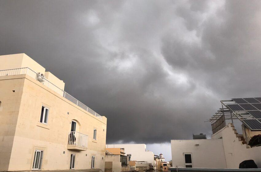 Ragħaq U Beraq… Lestu Ruħkom Għall-Maltemp