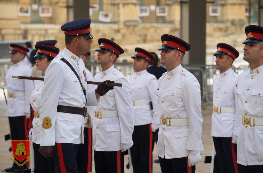 Bil-filmat: Il-Forzi Armati Ta' Malta Fi Strada Rjali Jiċċelebraw Il-50 Anniversarju Tagħhom