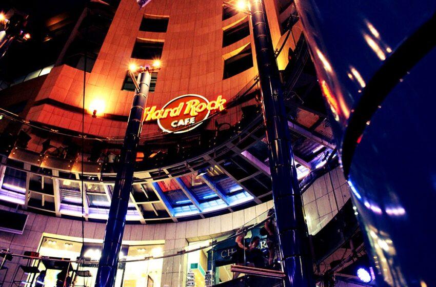 Jinżel Is-Separju Fuq Hard Rock Cafe