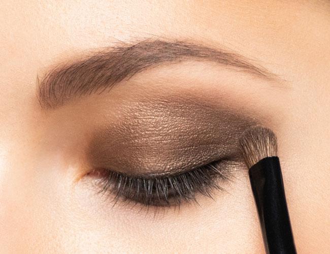 Prova L-Make Up Qabel Ma' Tixtrieh!