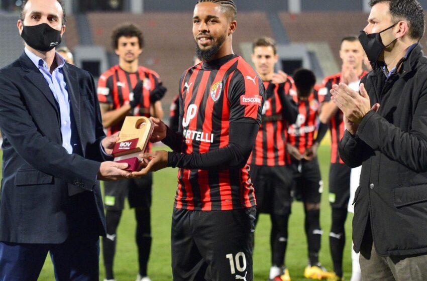 Soares ta' Ħamrun Spartans BOV Player ta' Diċembru