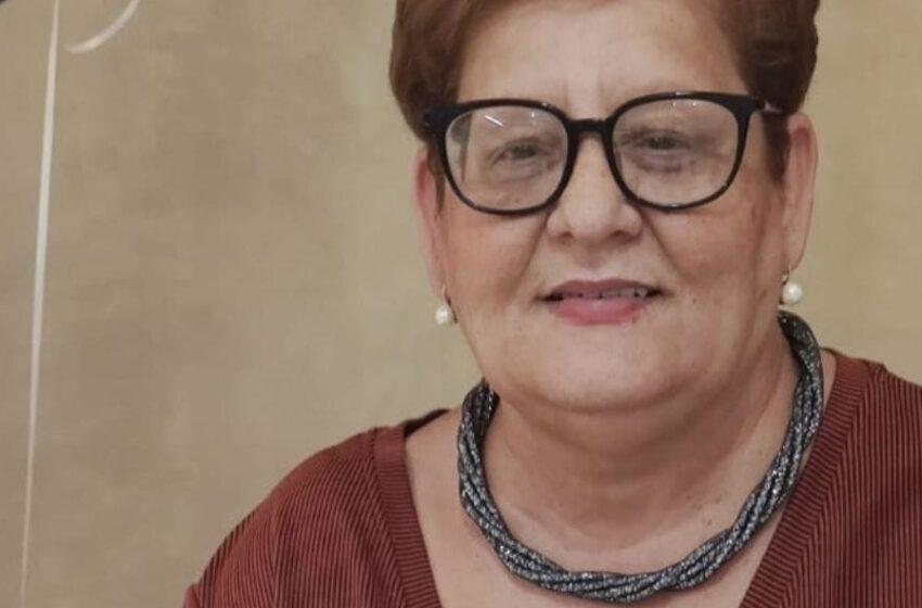 Appell Mingħand Bint Li Ommha Mietet Bil-Covid-19