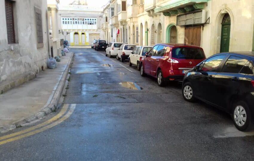 Meta Familja Ħadet Qatgħa Kbira Fi Pjazza Magri Fil-Marsa