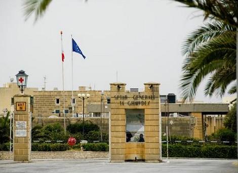 Waqa' Minn Sellum Waqt Li Kien Qed Jaħdem Fuq Barra Ta' Dgħajsa