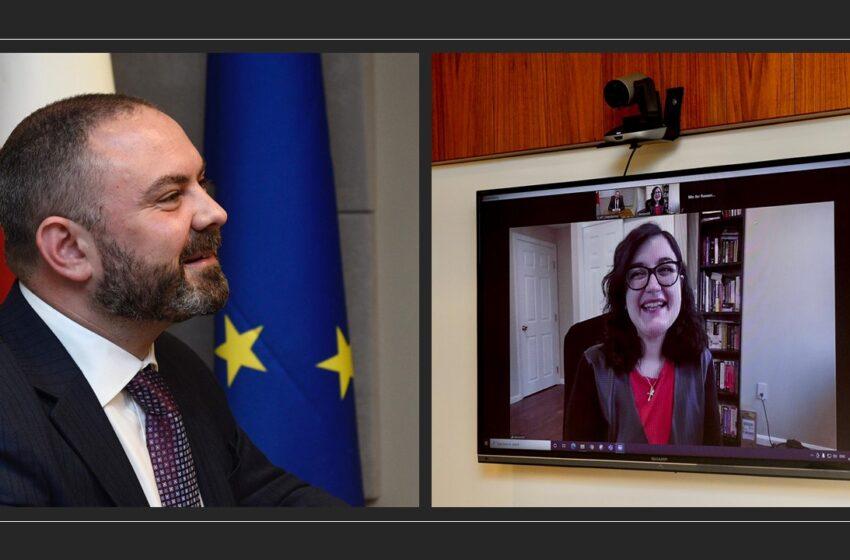 Il-Ministru Owen Bonnici F'Laqgħa Man-Newroxjentista Maltija Li Taħdem Mal-Pfizer