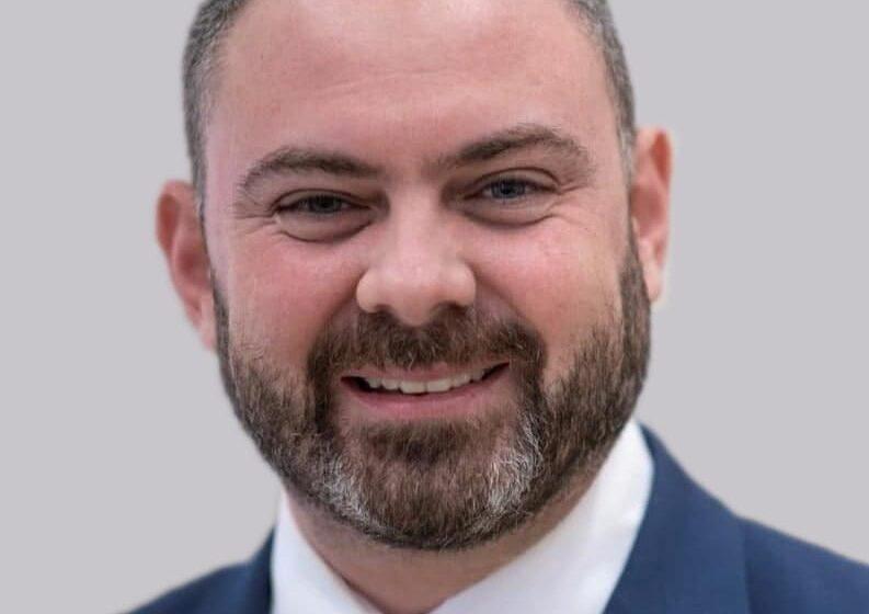 """""""Kommessi Li Nagħtu L-Għodda U L-Opportunitajiet Lir-Riċerkaturi Biex Jikbru Professjonalment"""""""