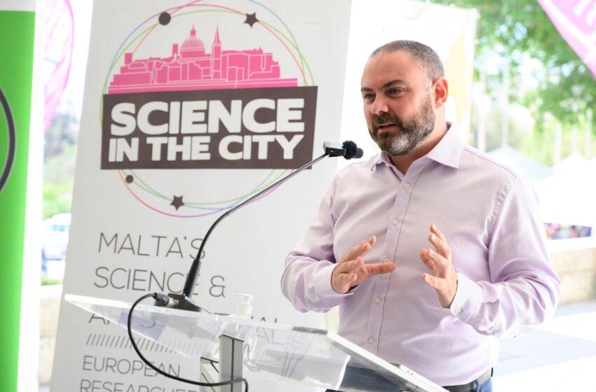 Jirritorna Il-Festival Science In The City B'Format Hybrid