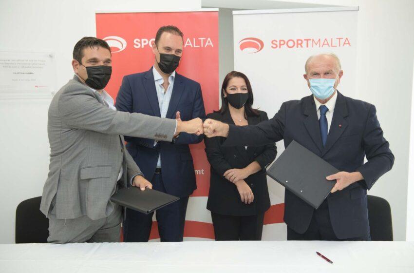 IL-Komunità Ta' Ħal Farruġ Se Tibbenefika Minn Ftehim Bejn SportMalta U L-Kunsill Lokali Ta' Ħal Luqa