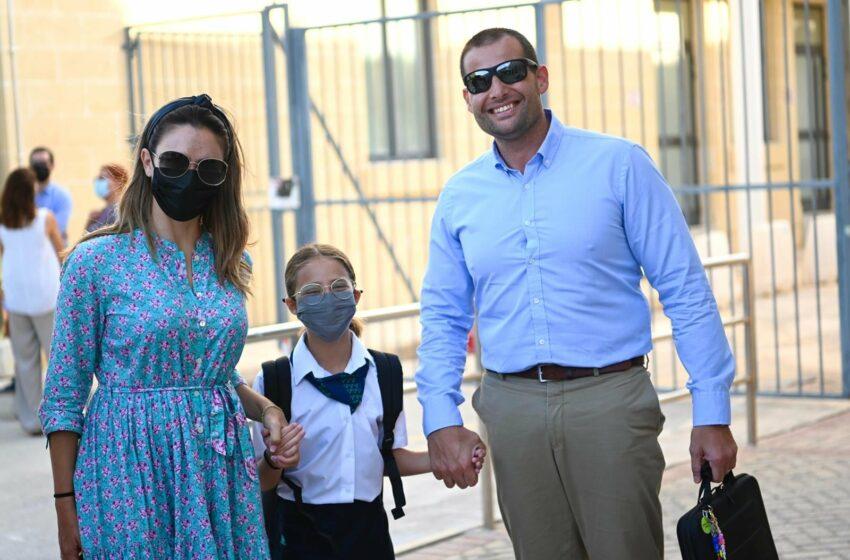 Il-Prim Ministru U Martu Jwasslu Lil Giorgia Mae Għall-Ewwel Jum Skolastiku
